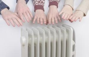 risparmiare-sul-riscaldamento-di-casa-poche-semplici-regole-640x412