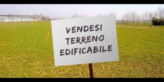 Terreno edificabile a Borghi