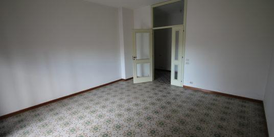 Appartamento quadrilocale al primo piano
