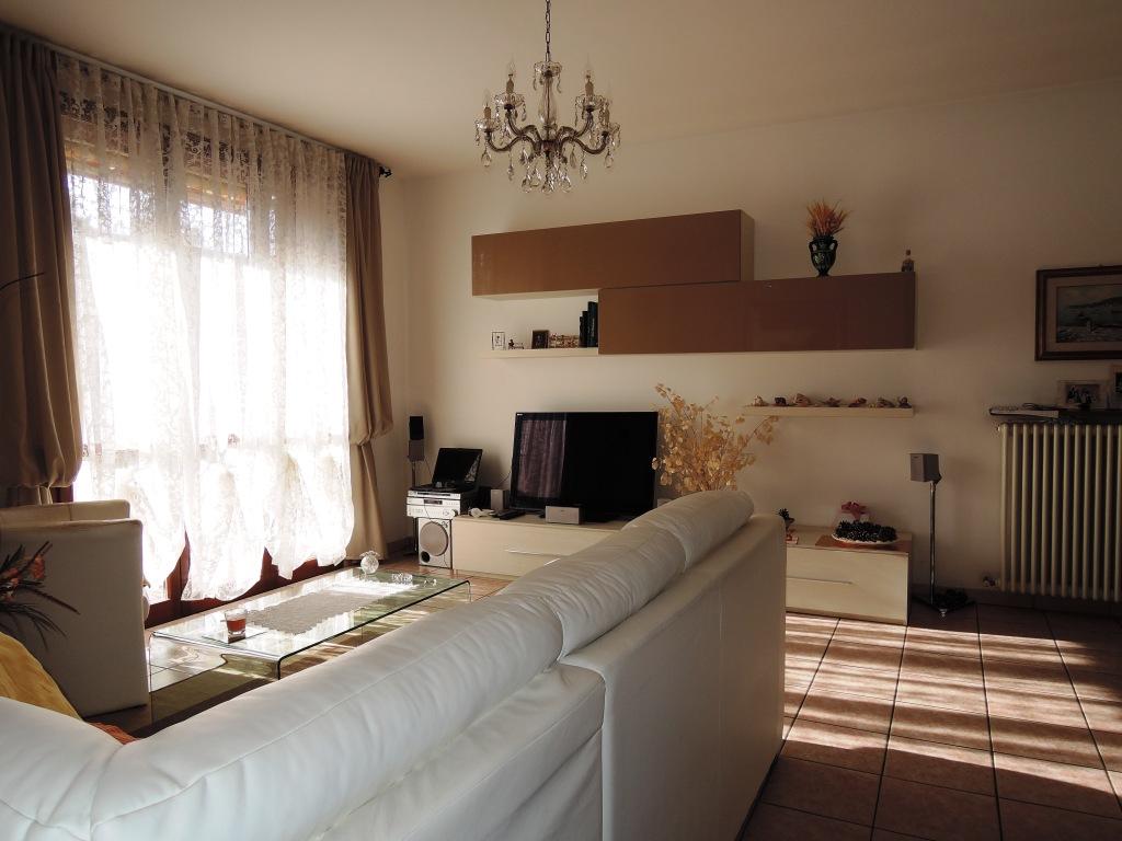 Appartamento con due camere vicino al centro