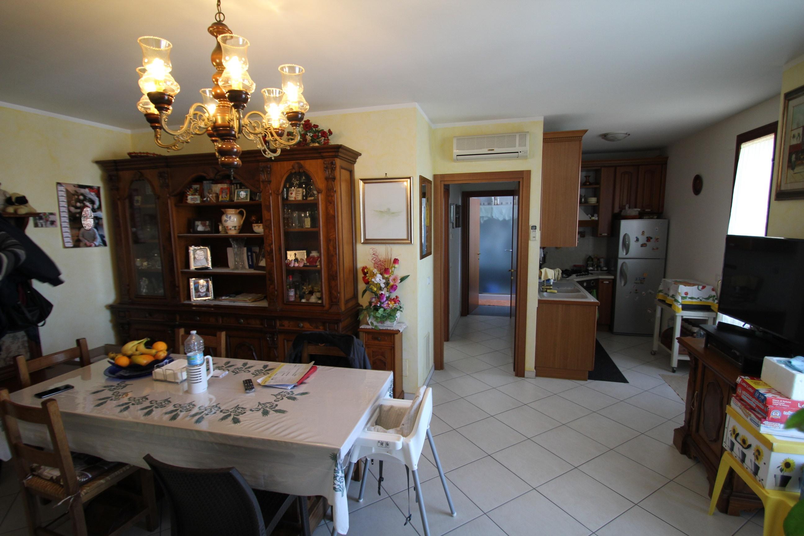 Appartamento con tre camere a Valle Ferrovia