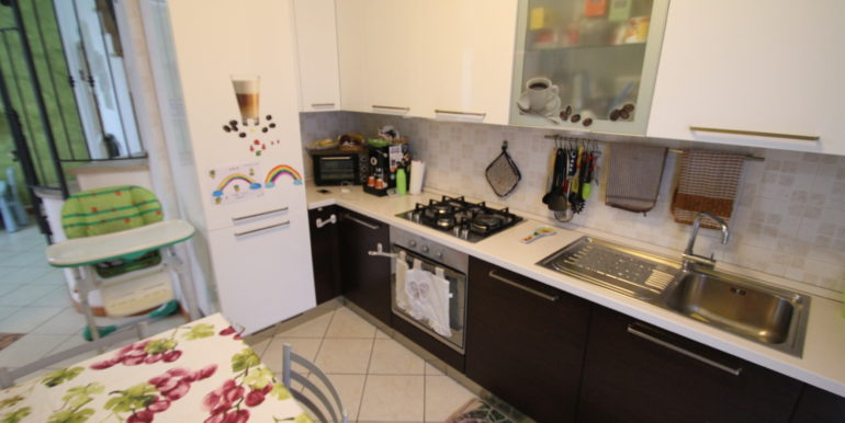 IMG_4298 cucina 2