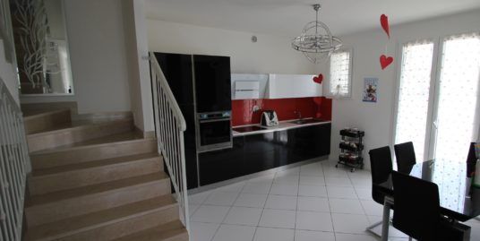 Villa a Schiera semi-nuova