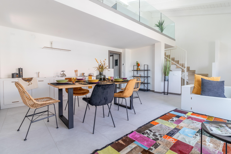 Luminoso Appartamento Indipendente con Soppalco