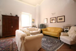 Ampio Appartamento Trilocale con Soppalco