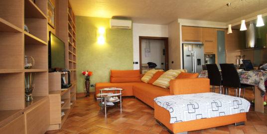 Villa a Schiera Angolare