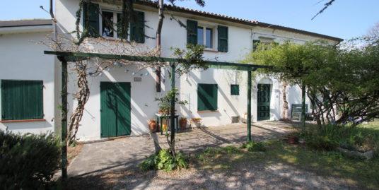 Villa Bifamiliare in collina